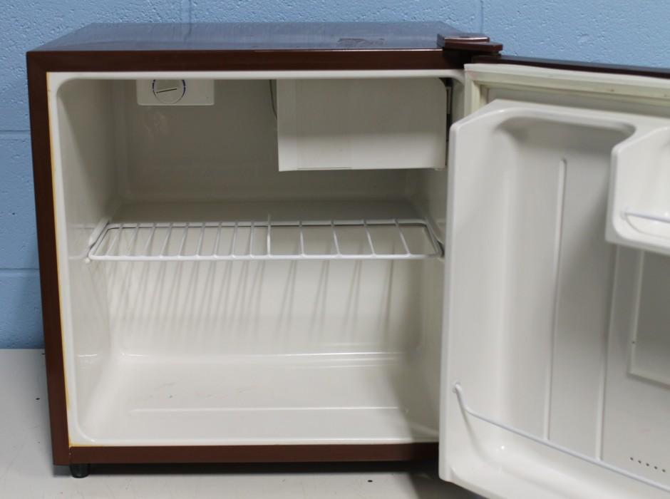 Avanti Refrigerator | Avanti Oven | Small Refridgerator