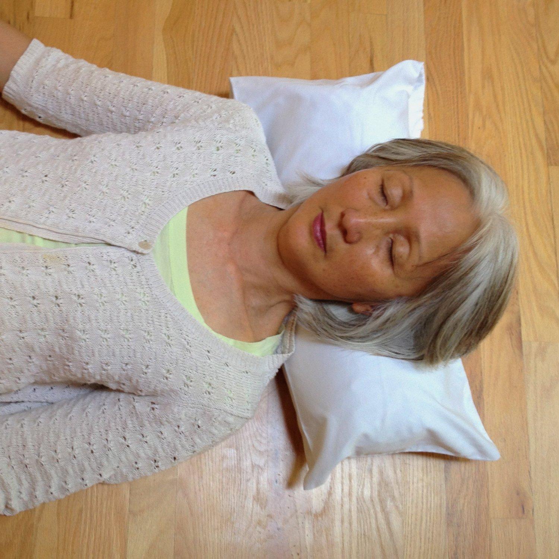 Buckwheat Pillow Benefits | Soba Pillow | Comfysleep Buckwheat Pillow