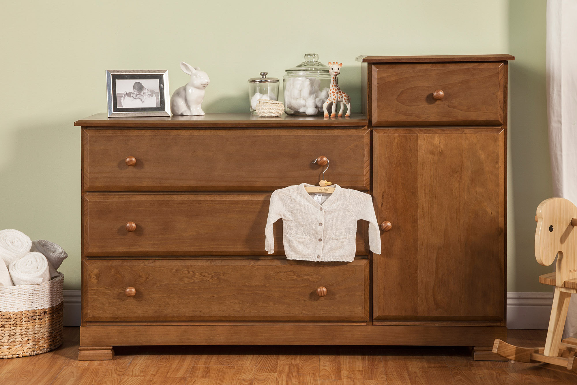 Davinci Kalani Dresser | Davinci Convertible Toddler Bed | Davinci Furniture