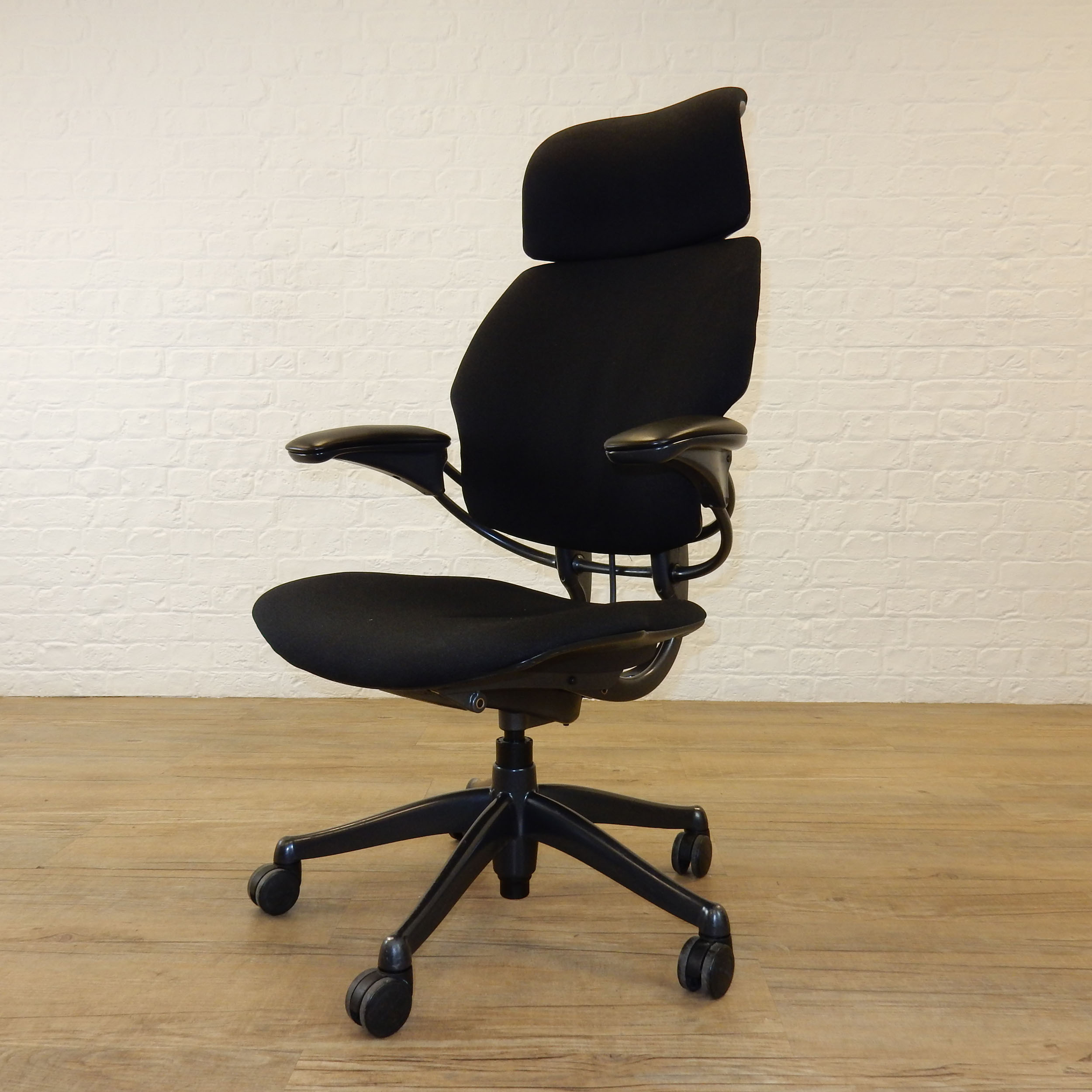 Ergonomic Chair Headrest | Humanscale Freedom Chair | Used Humanscale Freedom Chair
