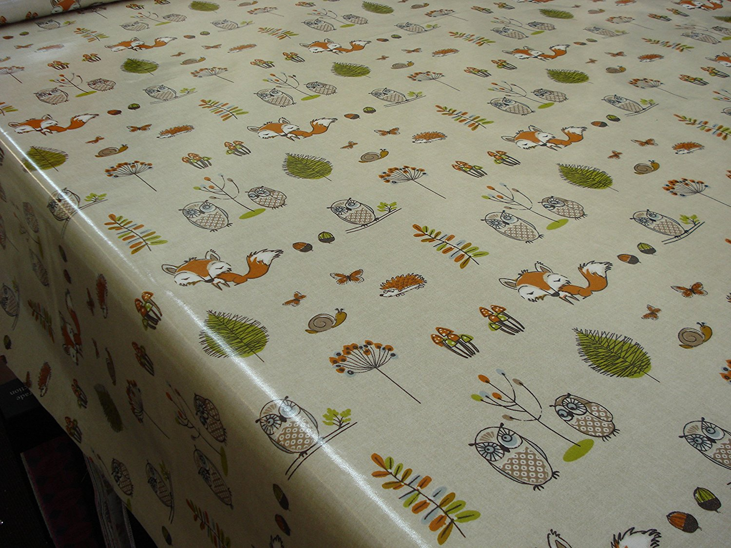 Fitted Oval Vinyl Tablecloths | 70 Round Tablecloth | Vinyl Tablecloths