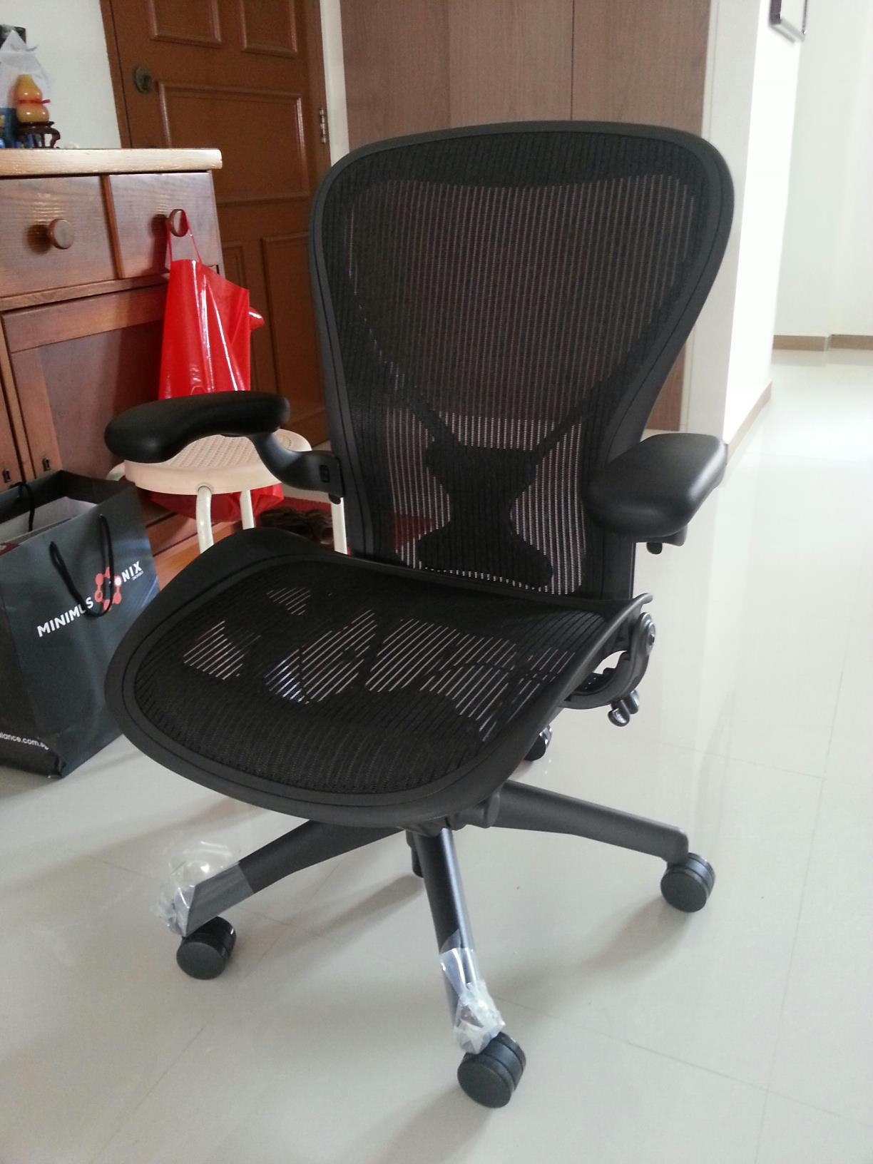 Office Chairs with Headrest | Humanscale Freedom Chair | Freedom Headrest