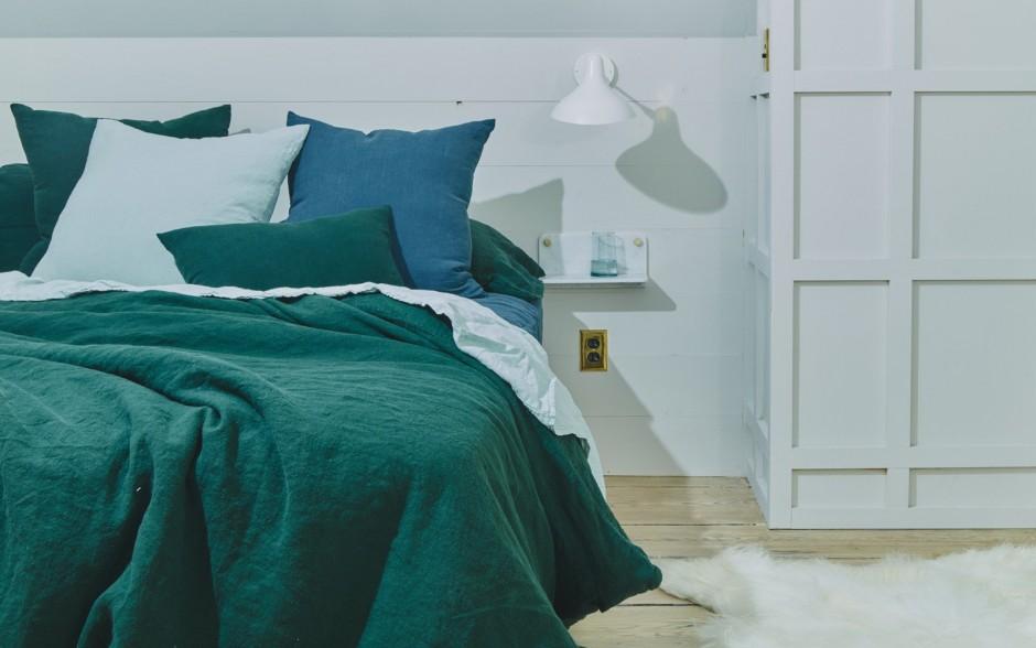 Peacock Comforters | Peacock Linens | Peacock Alley