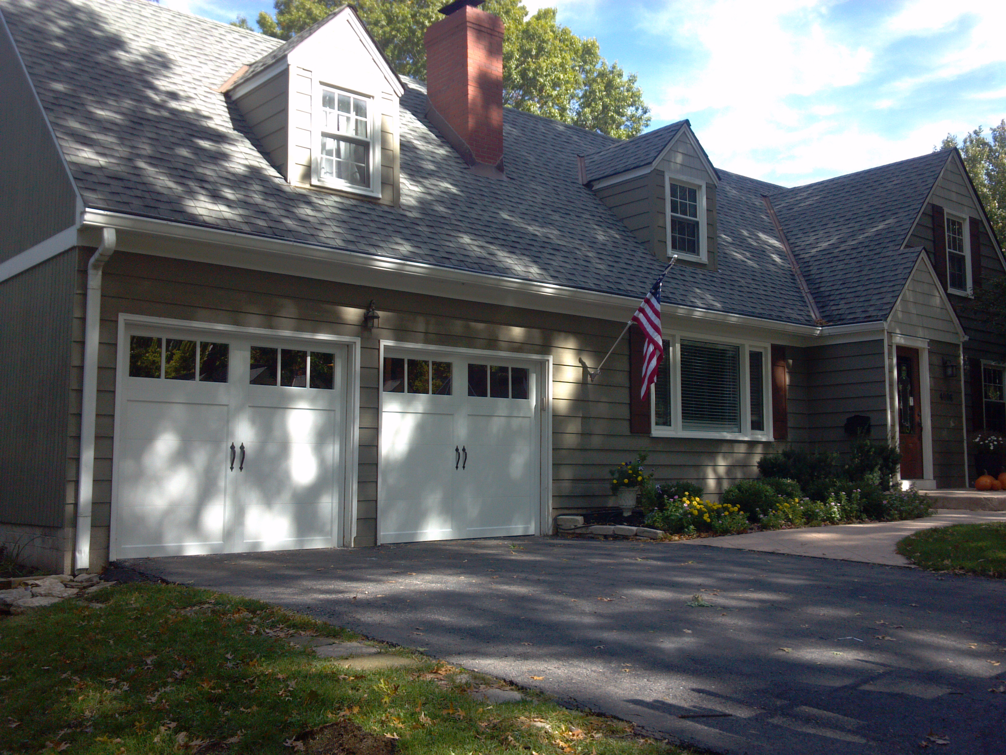 Cloplay Garage Doors | Garage Door Wholesale Distributors | Clopay Troy Ohio