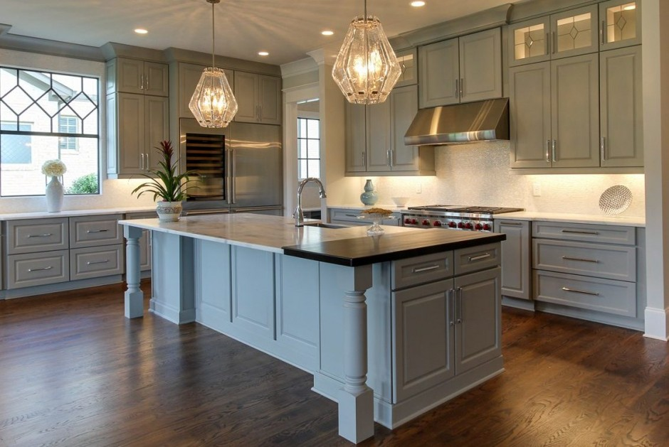 Custom Painted Kitchen Cabinets | Starmark Cabinetry | Norcraft Cabinets