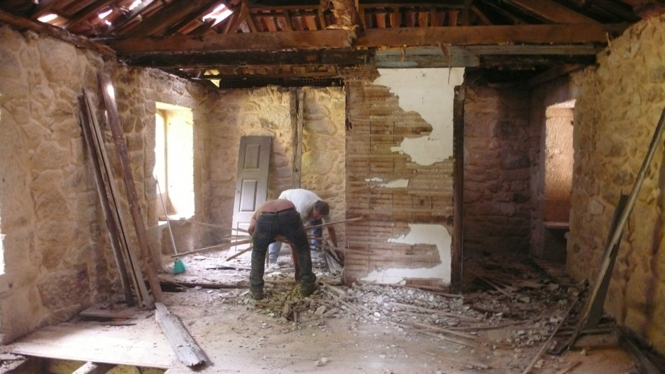 Exterior Brick Veneer | Stone Veneer Installation | Fake Stone Siding