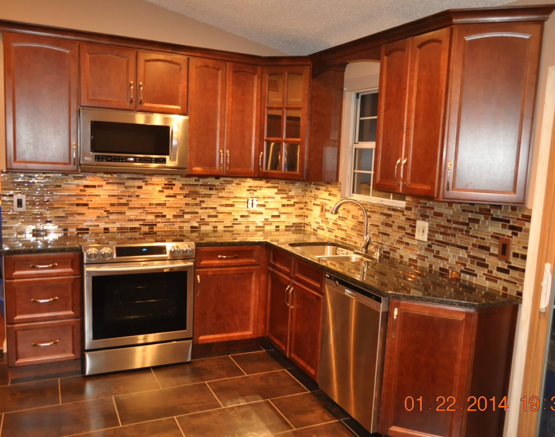 Fieldstone Cabinets | Norcraft Cabinets | Certified Cabinet Company