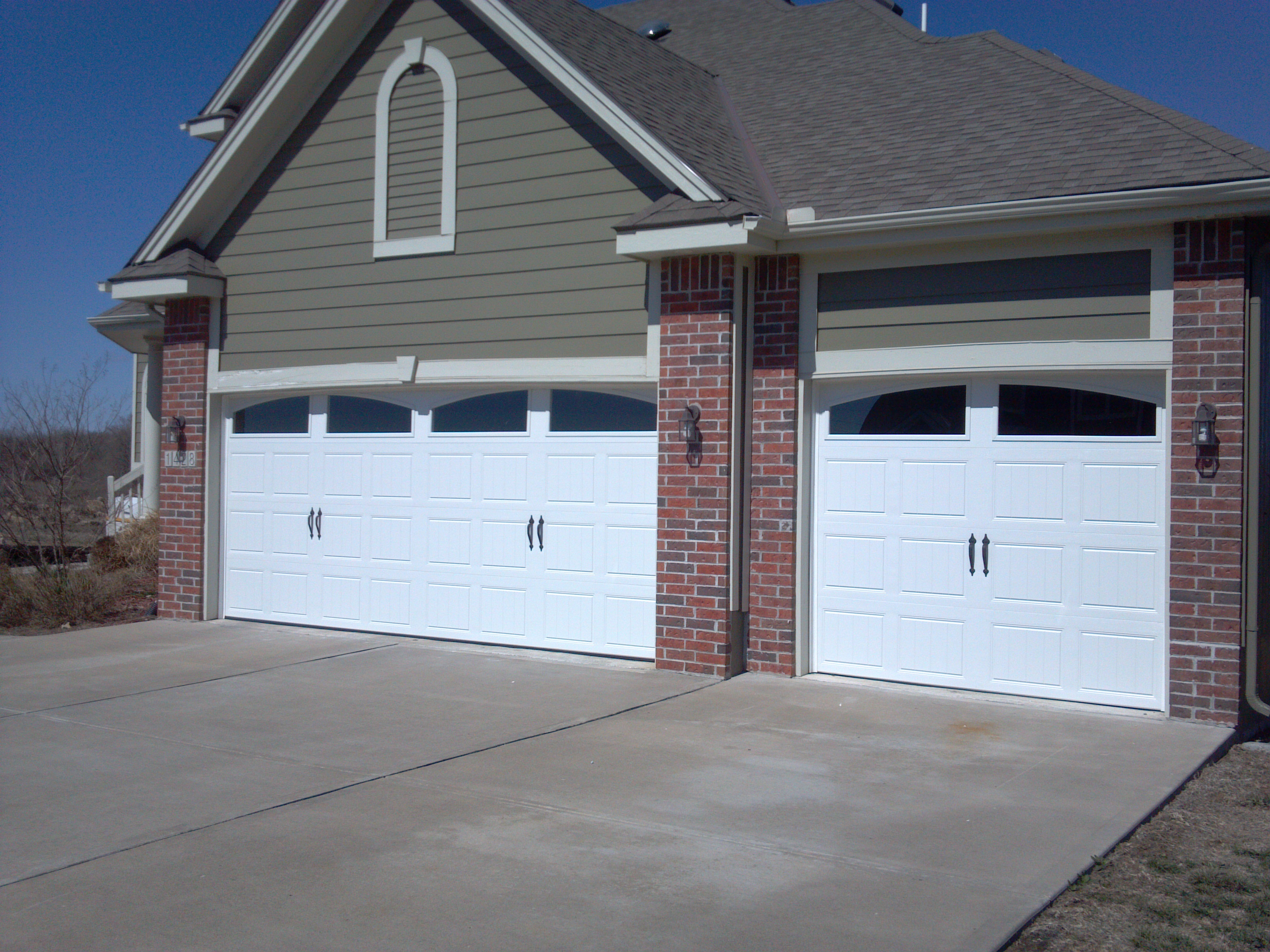 Garage Doors Fiberglass | Clopay Troy Ohio | Cloplay Garage Door