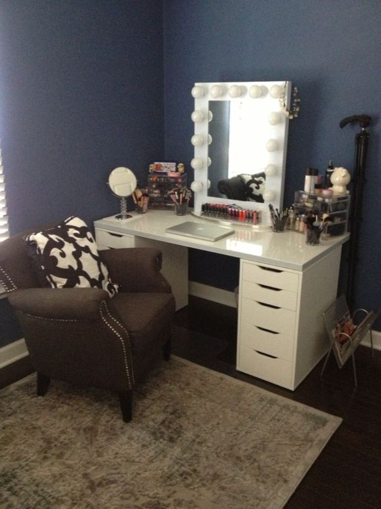 Vanity Set With Lights For Bedroom Awesome Best 25 Vanity Set