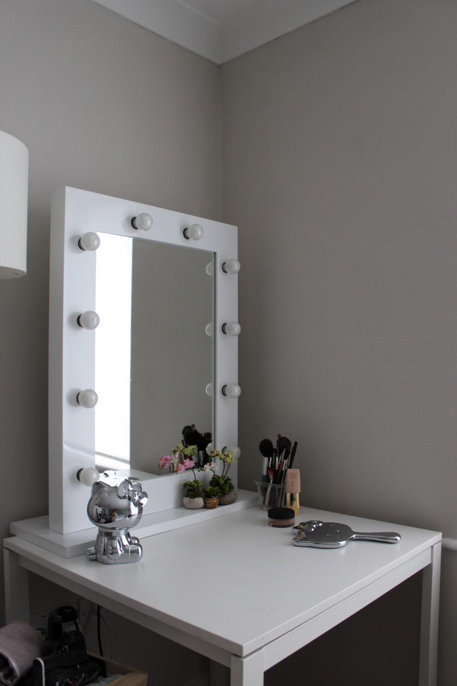Lighted Vanity Table | Makeup Vanity Table With Lighted Mirror | Makeup Table Ikea