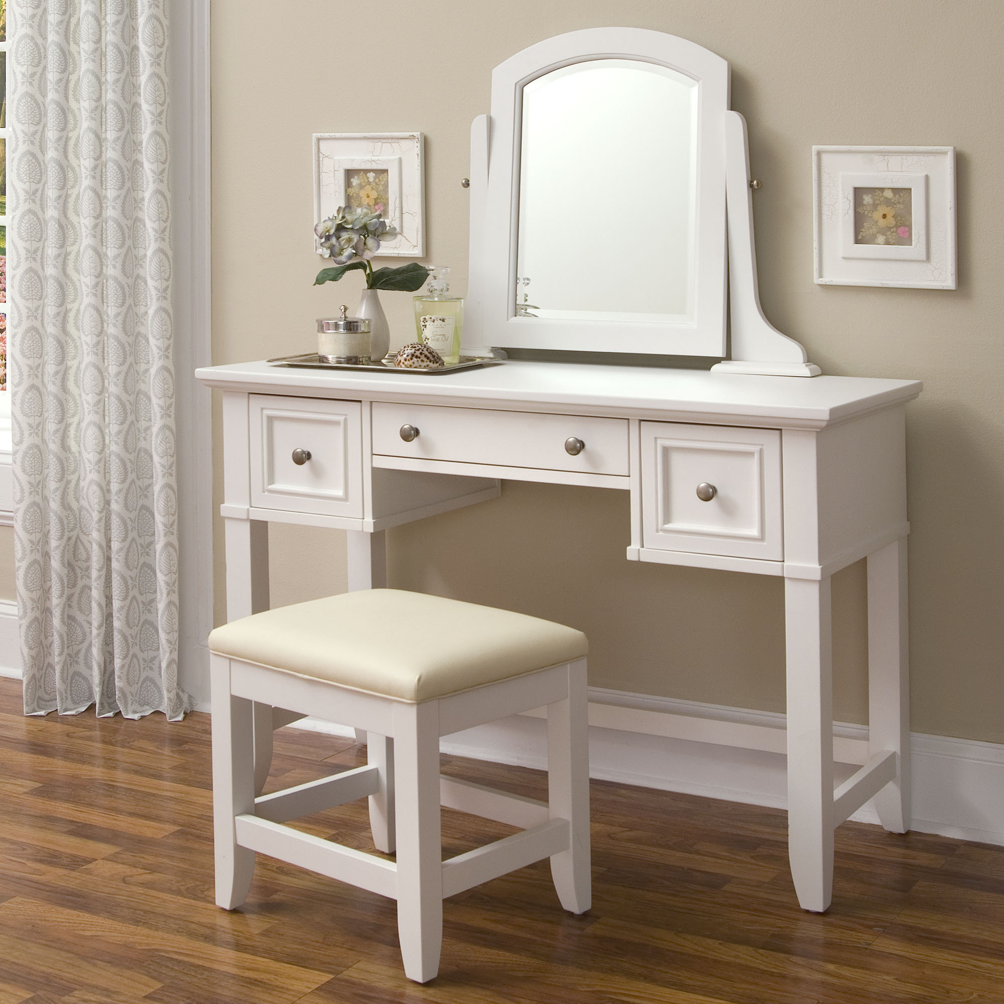 Makeup Vanities with Lights | Makeup Vanity Table with Lighted Mirror | Vanity for Makeup