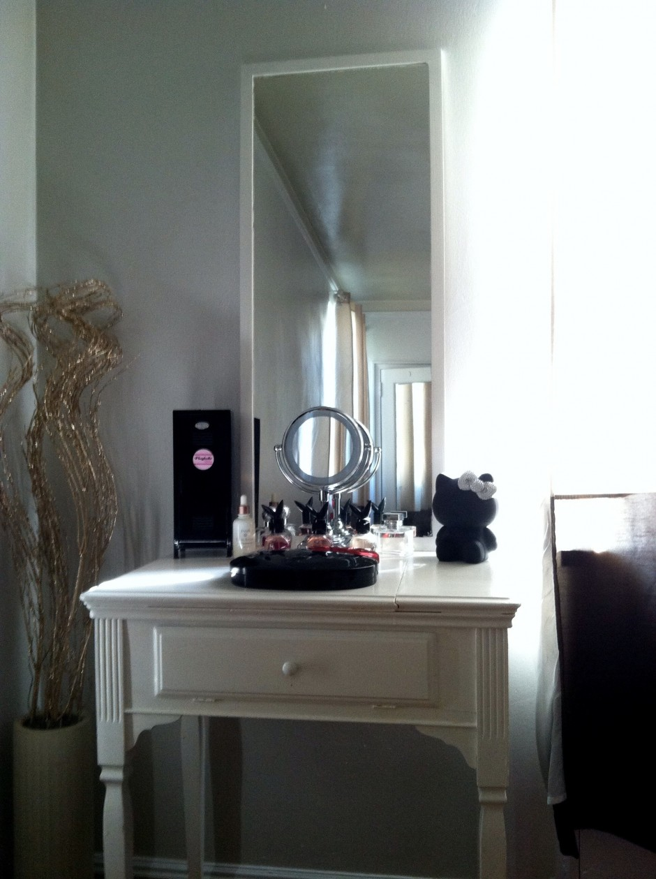 Makeup Vanity Table With Lighted Mirror | Makeup Vanity Mirror With Lights | Big Lots Vanity