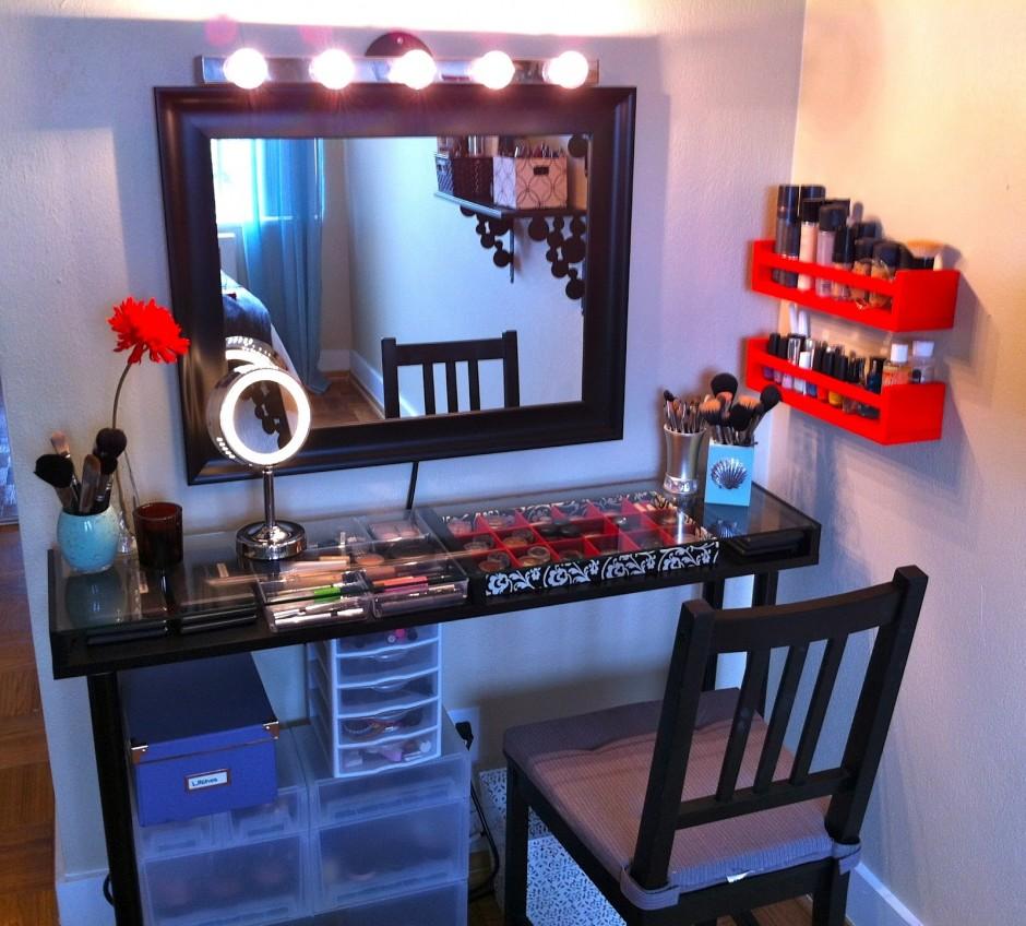 Makeup Vanity Table With Lighted Mirror | Mirror Vanity Set | White Makeup Vanity
