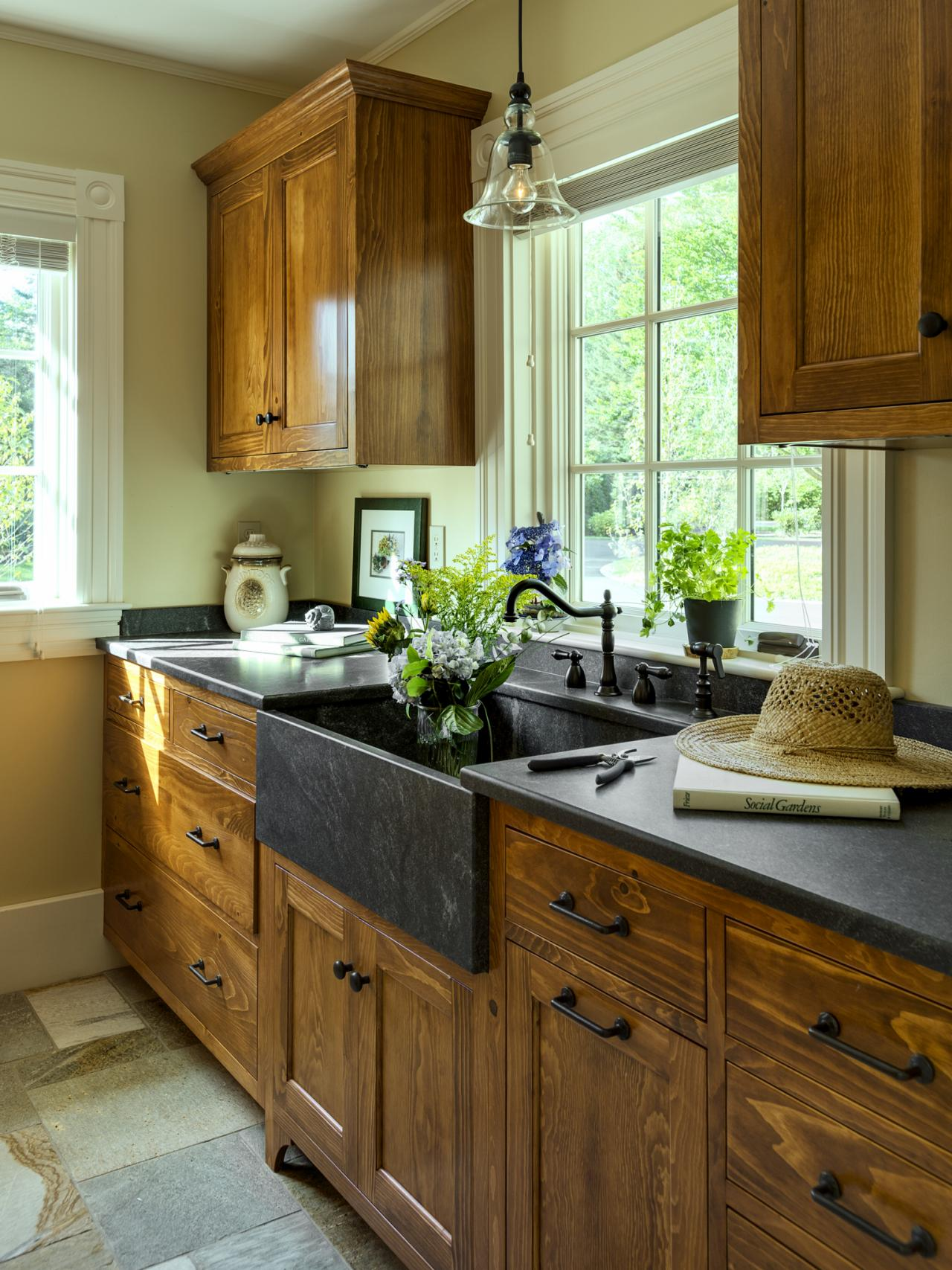 Maple Vanity Cabinets | Fieldstone Cabinetry Pricing | Norcraft Cabinets