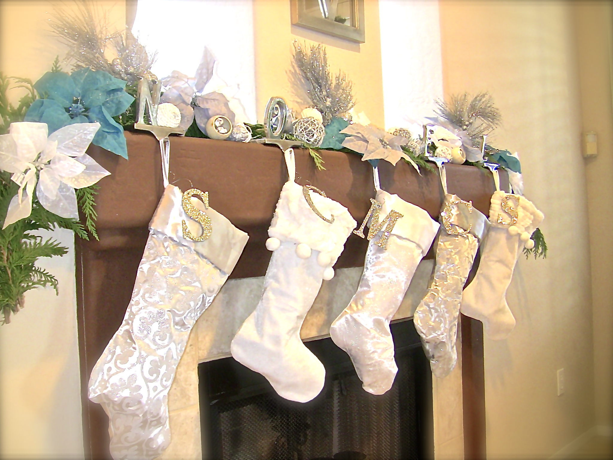 Pine Cone Stocking Holder | Stocking Holders | Stocking Holders Stand