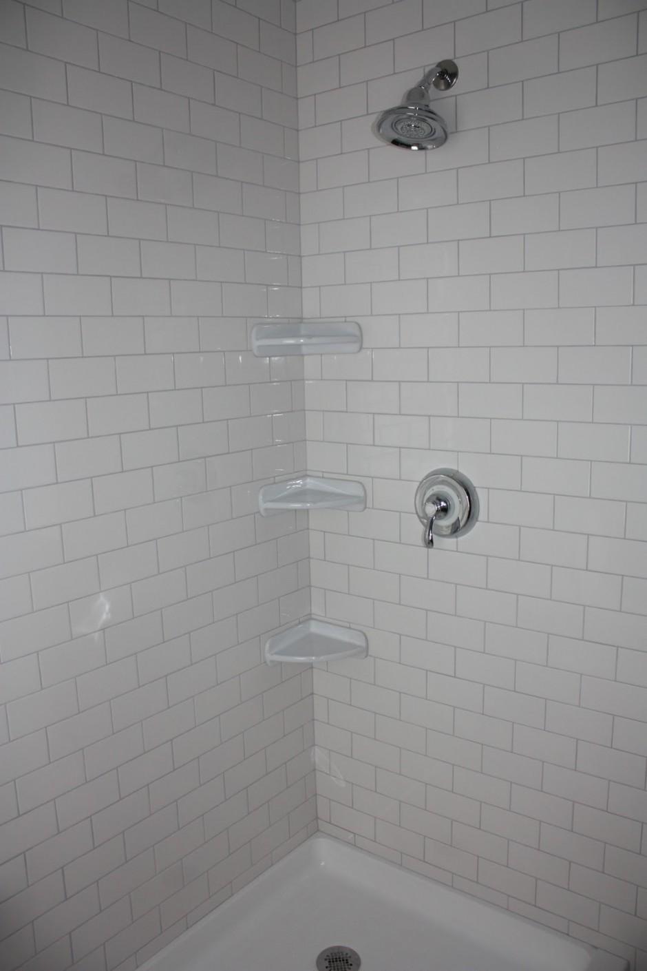 Swanstone Shower Surround | Corian Shower Enclosures | Swanstone