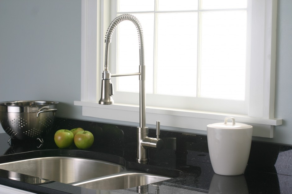 Touchless Kitchen Faucet | Kitchen Faucets | Lowes Delta Kitchen Faucet