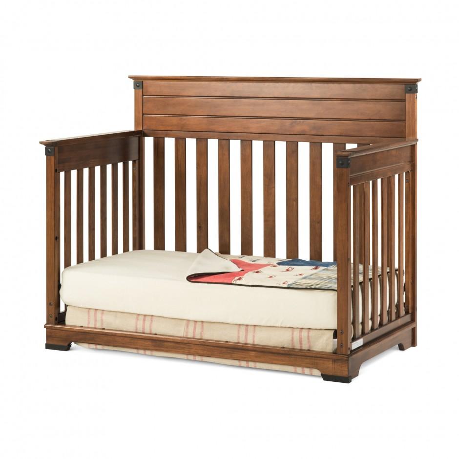 Baby Cache Dresser White   Baby Cache Heritage Lifetime Convertible Crib   Baby Cache Riverside